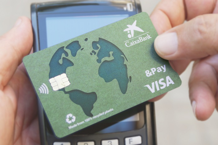 CaixaBank launches Spain's first 100% recycled credit card