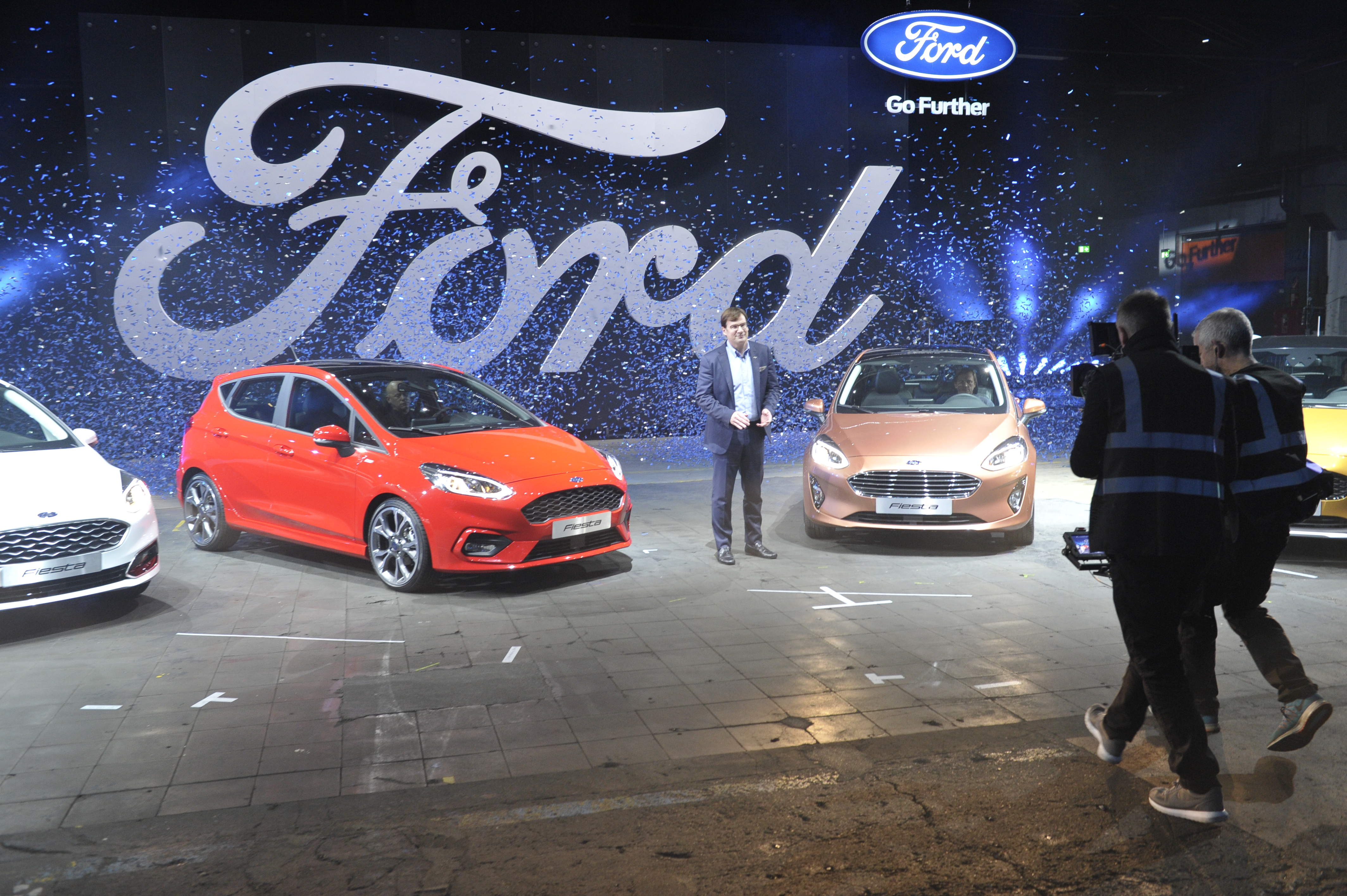 Ford credit soars on us tax cuts but europe financing for Ford motor credit financing