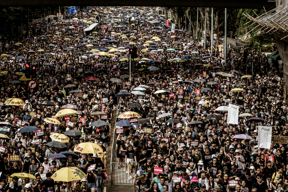 Media overhypes wealth flows from Hong Kong to Singapore