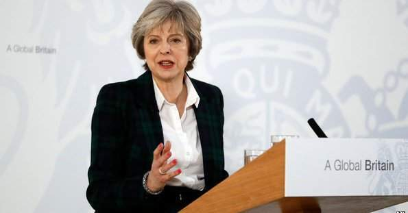 Brexit: Theresa May ups her charm offensive to win over business leaders