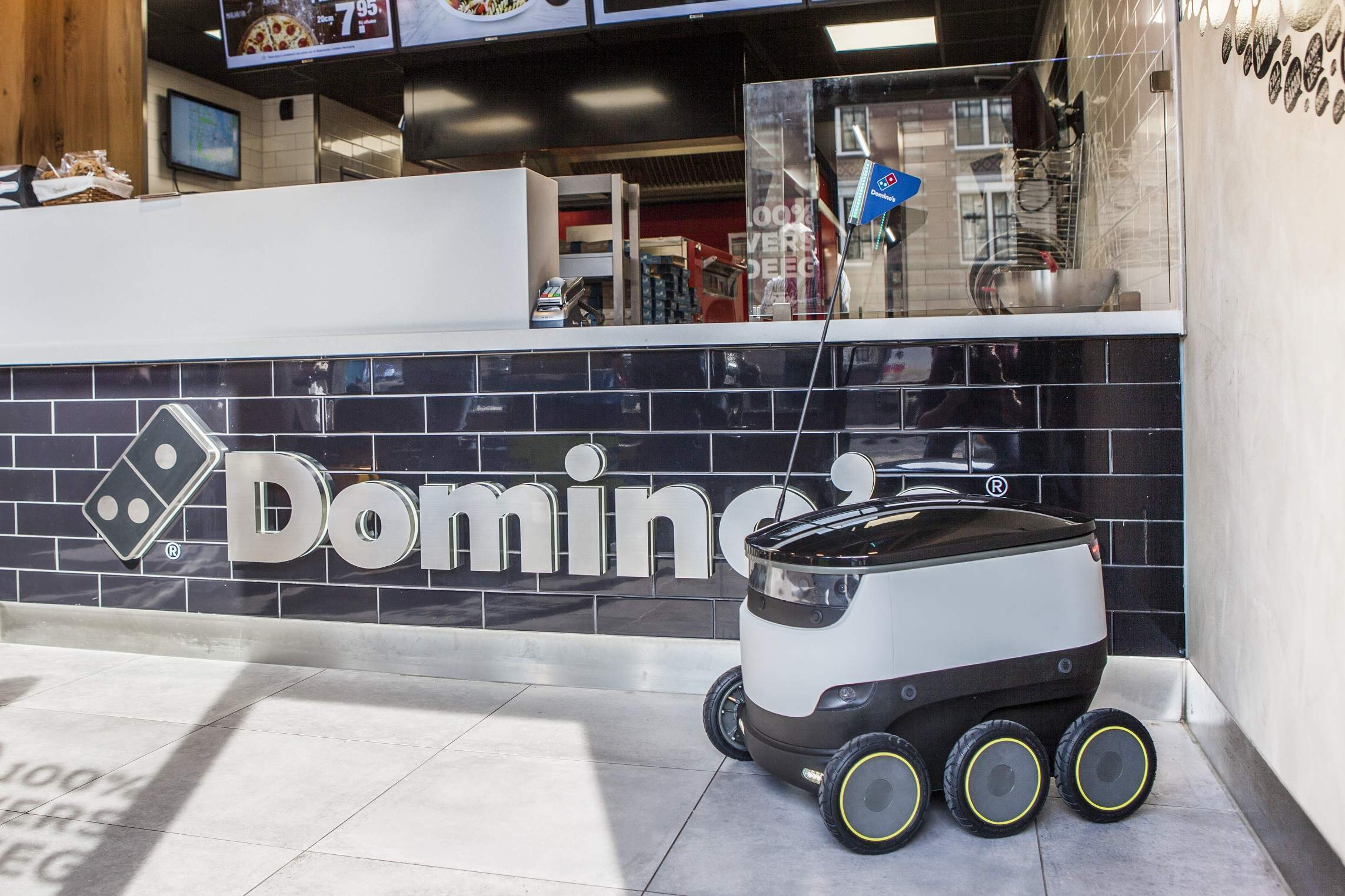 Autonomous robots are now delivering Domino's Pizza (in Germany)
