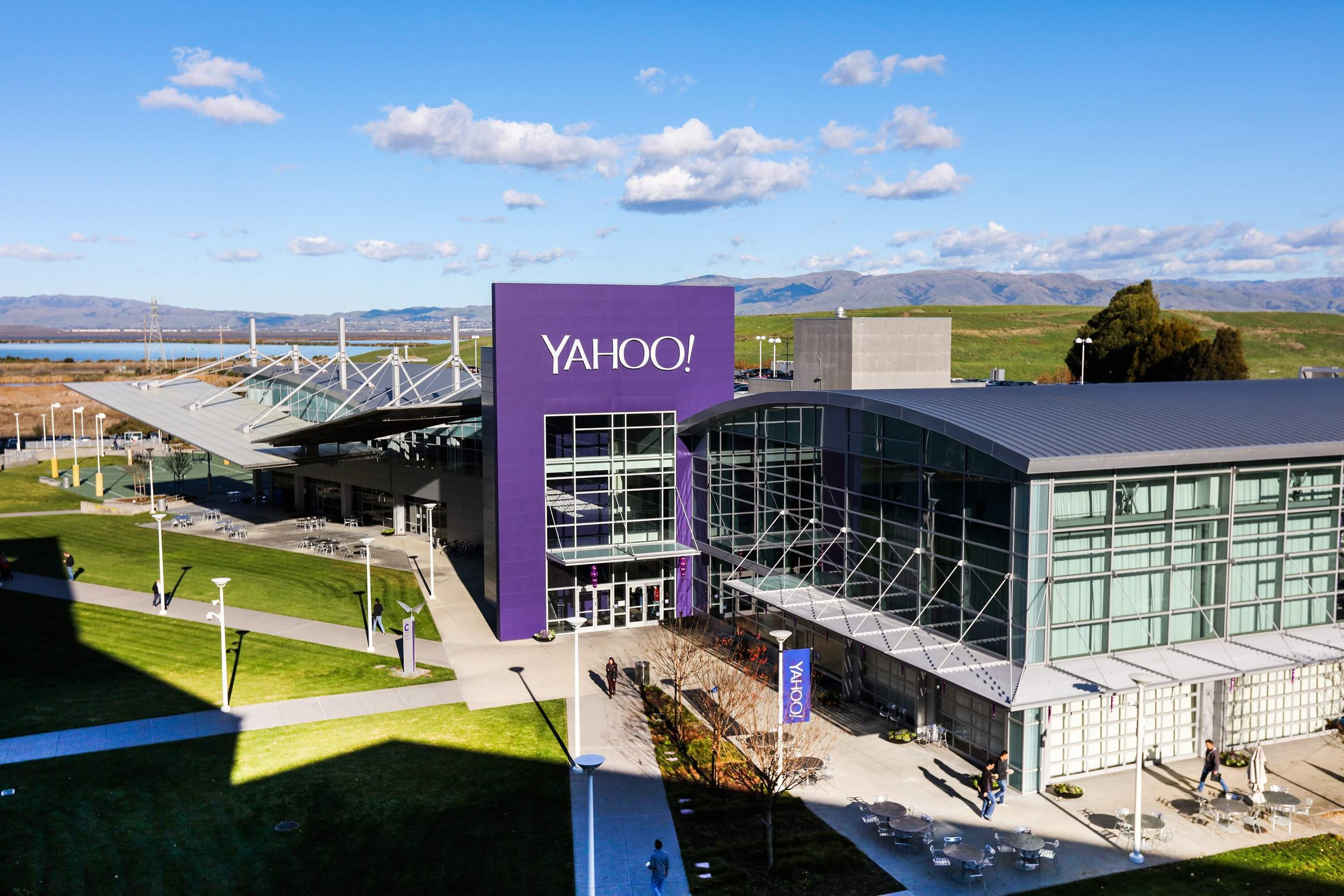 Russian hackers charged with Yahoo data breach: what you need to know