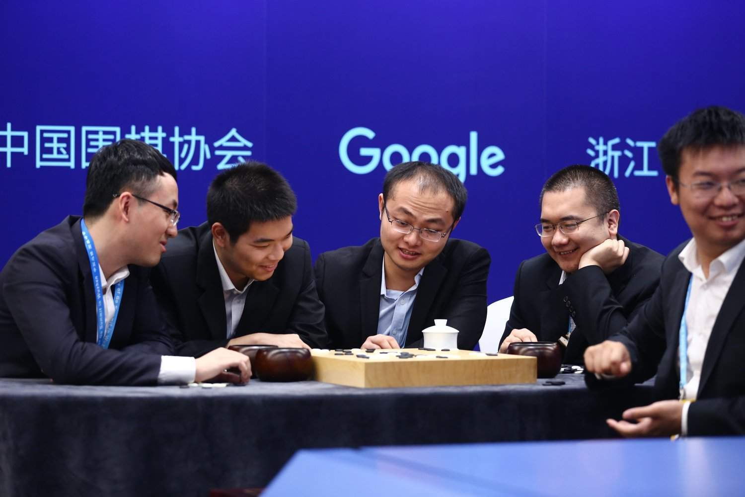 Google's AI gets ready to triumph in final Go battle