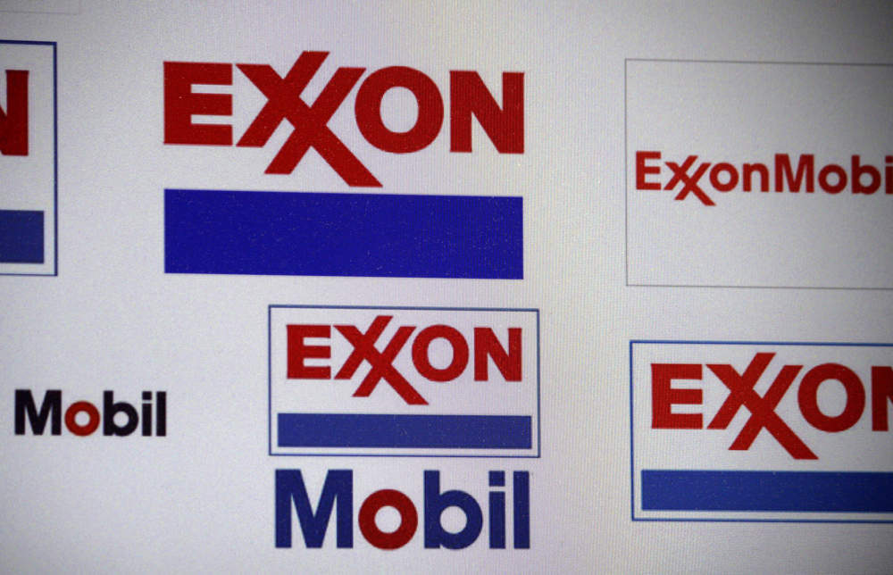 As the US mulls reneging on the Paris Agreement, Exxon shareholders back historic vote on climate change