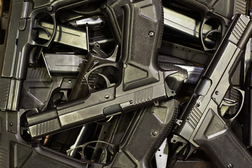Trump introduces tougher measures to combat gun crime in Chicago