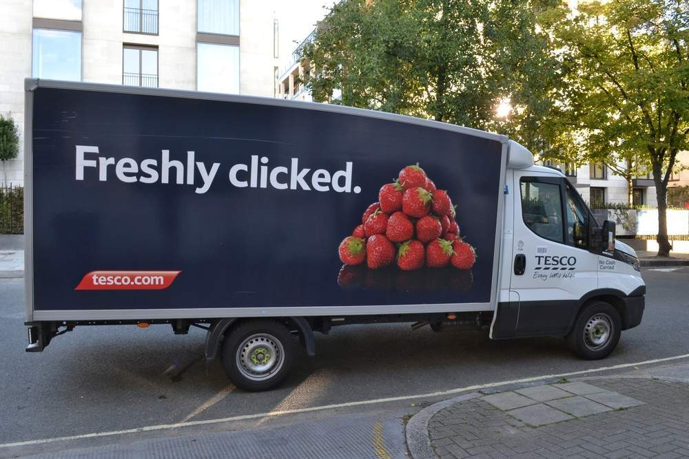 Which UK supermarkets offer same-day delivery in the UK?