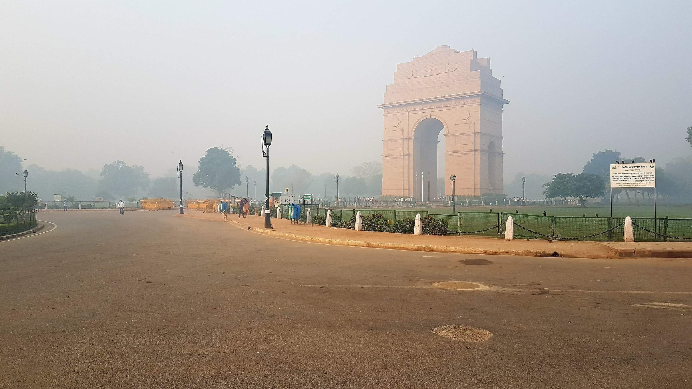 New Delhi's pollution problem is so bad an airline cancelled flights to the city