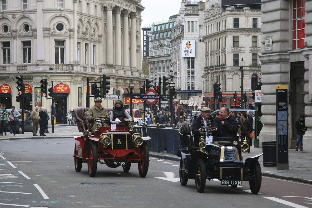 London to Brighton Veteran Car Run to send the South back in time