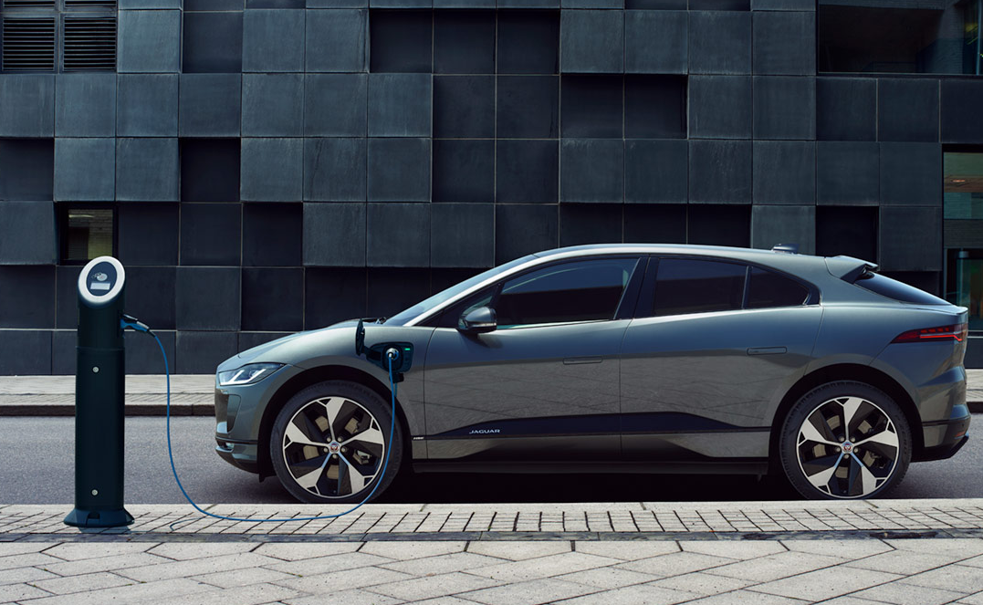 Jaguar I-Pace: A worthy electric SUV rival to Tesla's Model X
