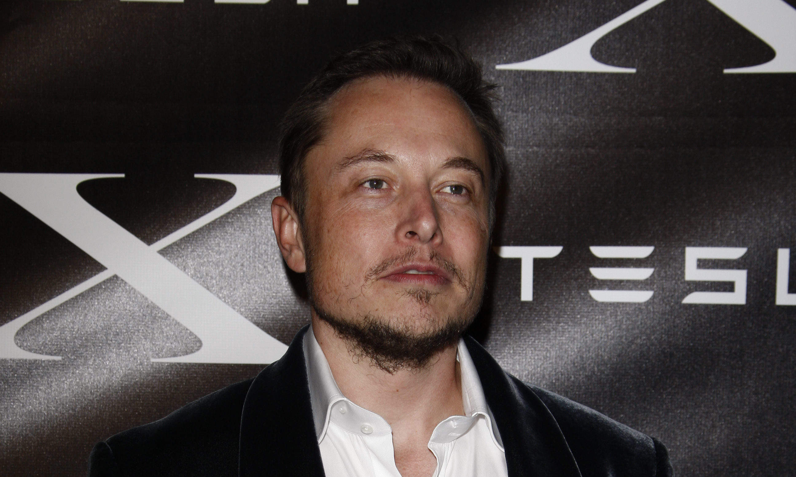"Elon Musk: ""Another dark age is coming and colonising Mars is vital to humanity's survival"""