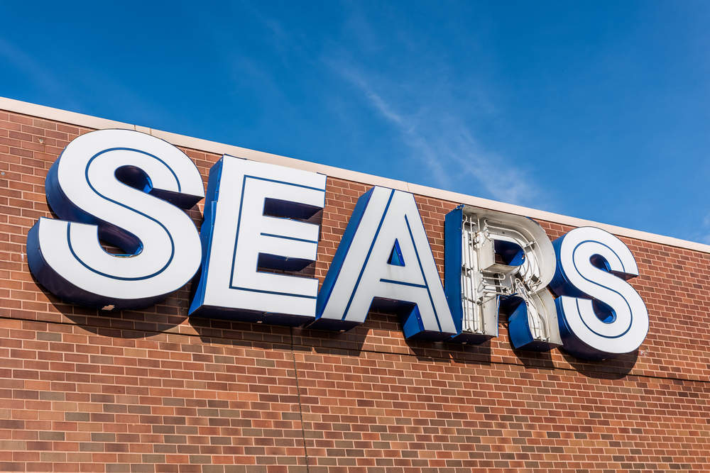 Eddie Lampert's plan to sell Sears' assets to his hedge fund is bad news for retail chain