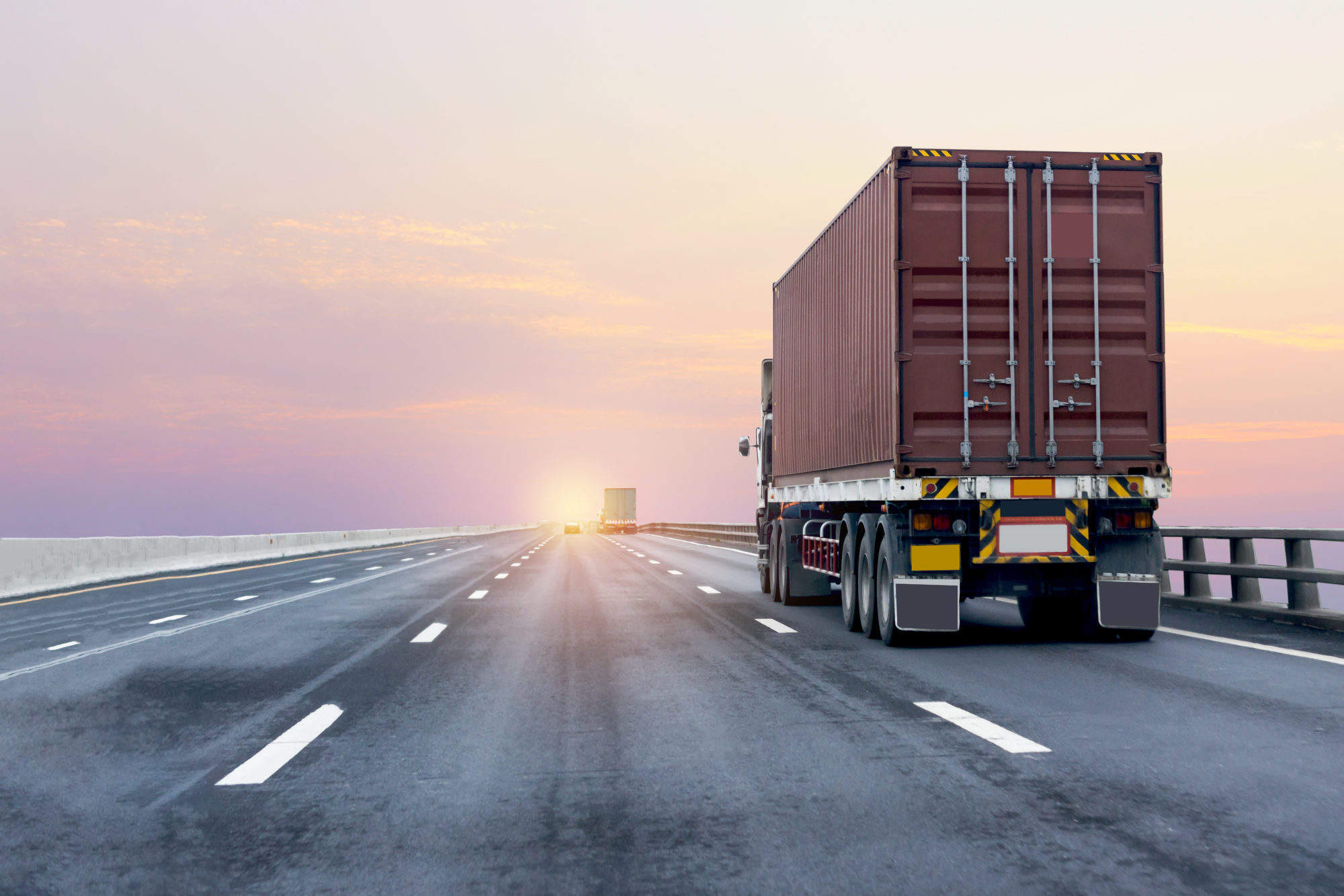Brexit technical notices advise businesses to use customs broker in 'no deal' scenario