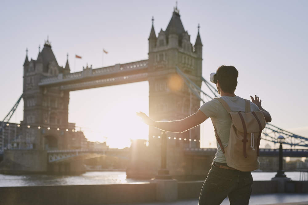 VR tourism: The London attractions using virtual reality to enhance the tourist experience