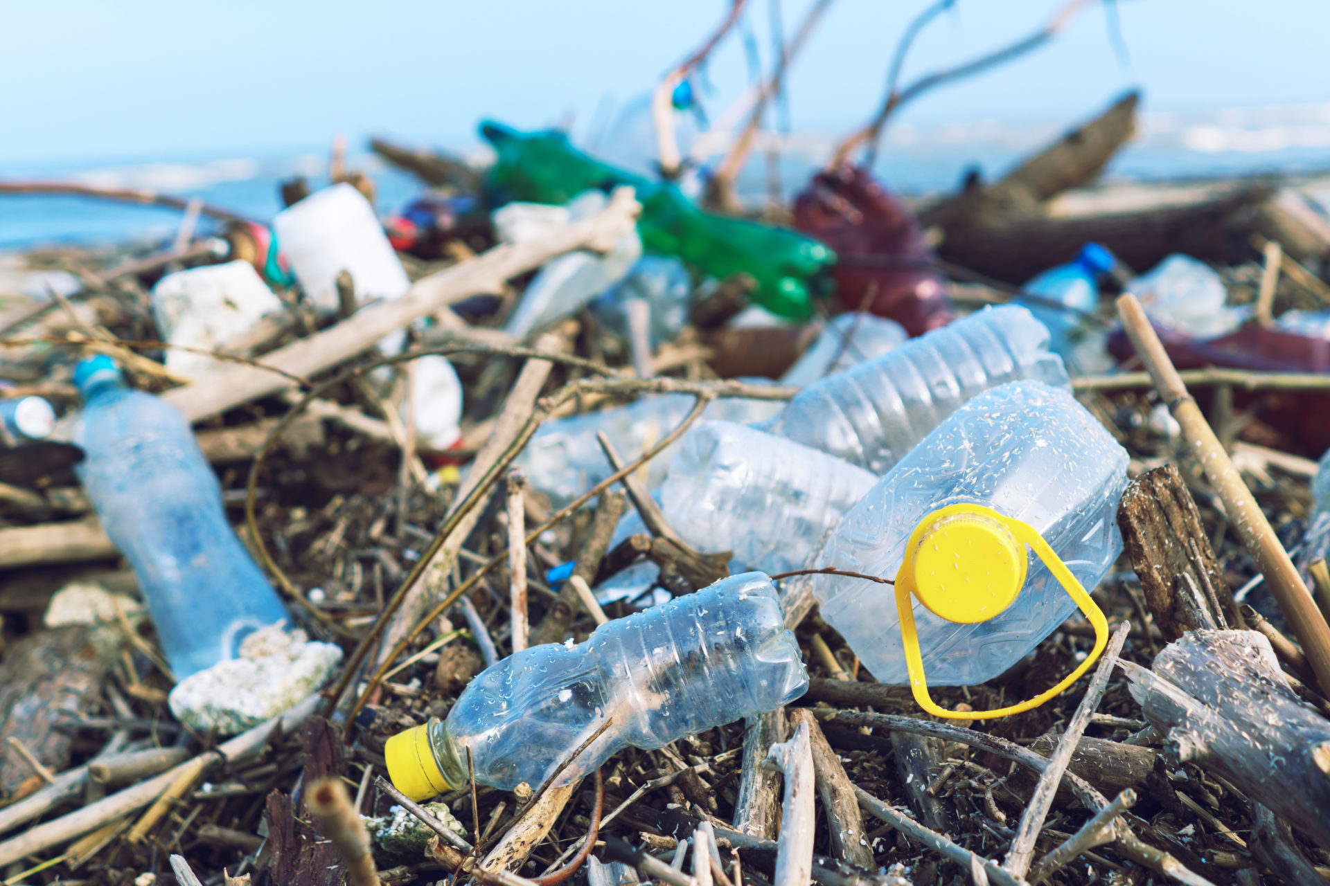 "Researchers combat plastic waste by turning it into ""supermaterial"""