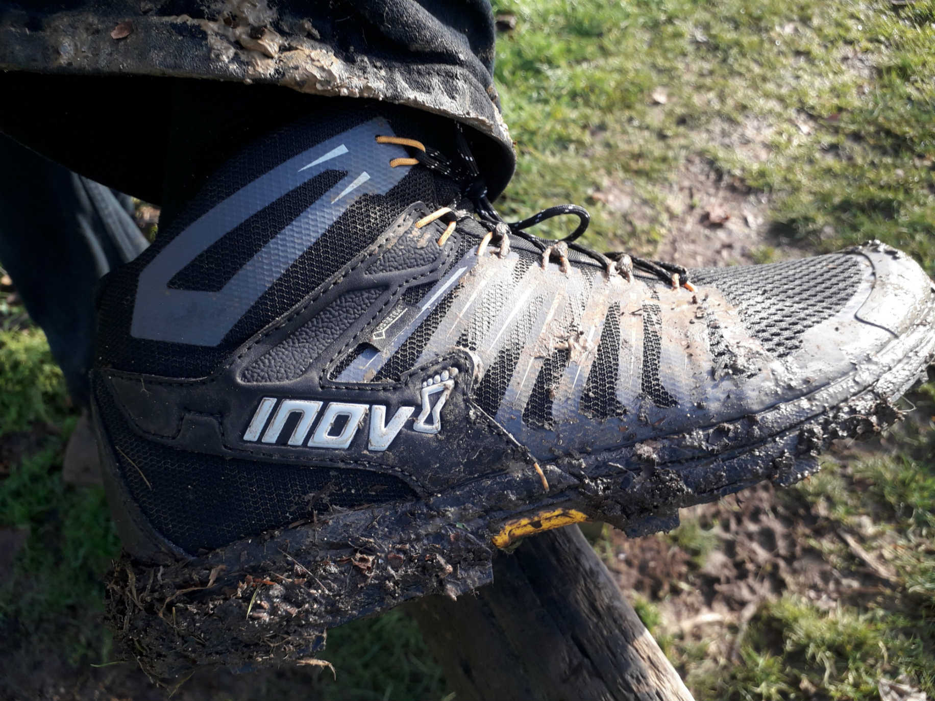 graphene hiking boots