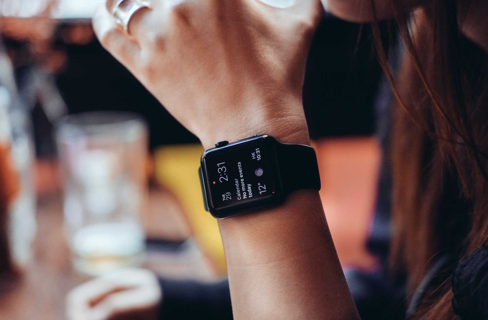 Wearables shipments pass 100 million for first time