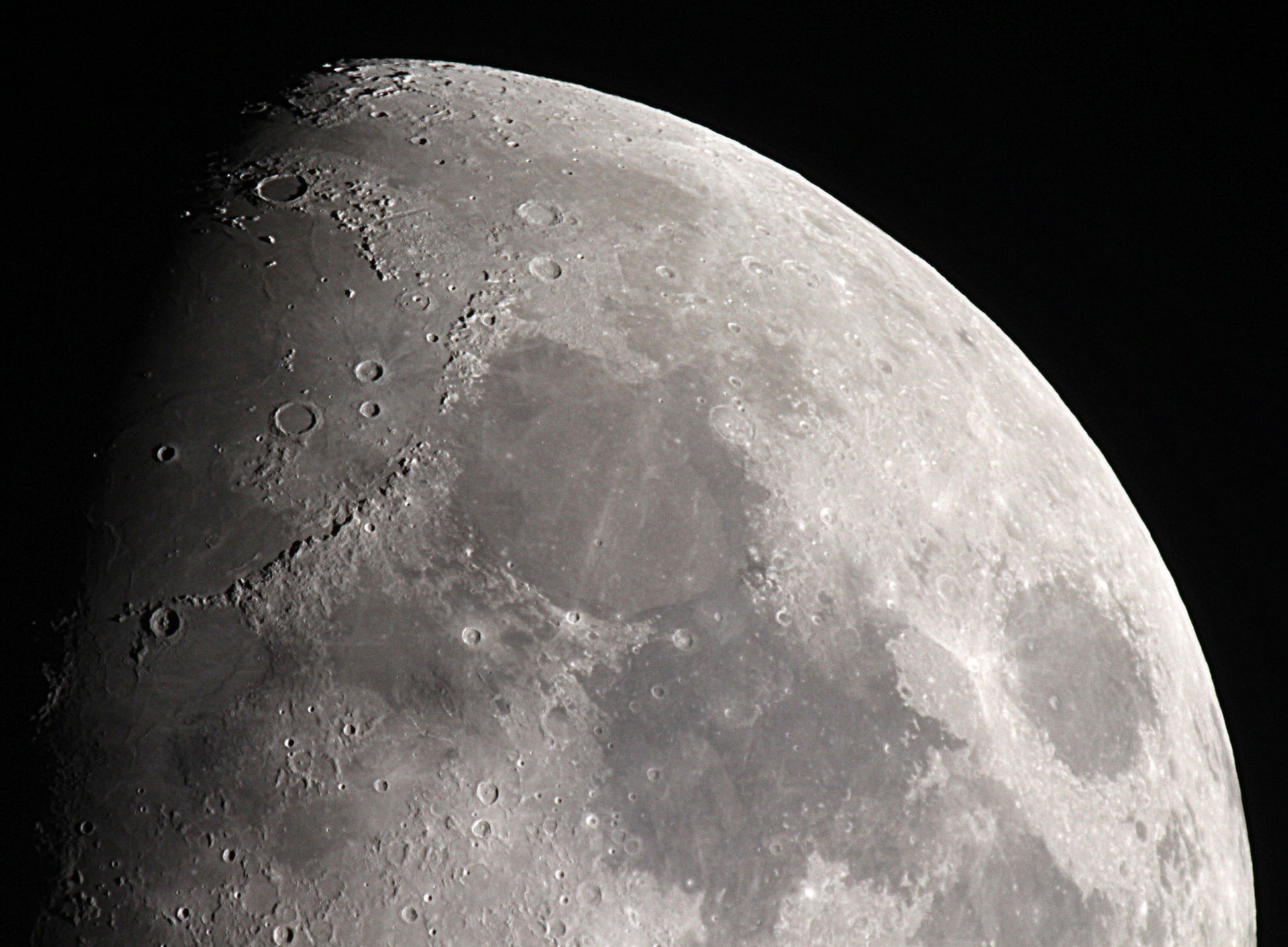 UK plans Moon communications system with NASA-UK Space Agency signing