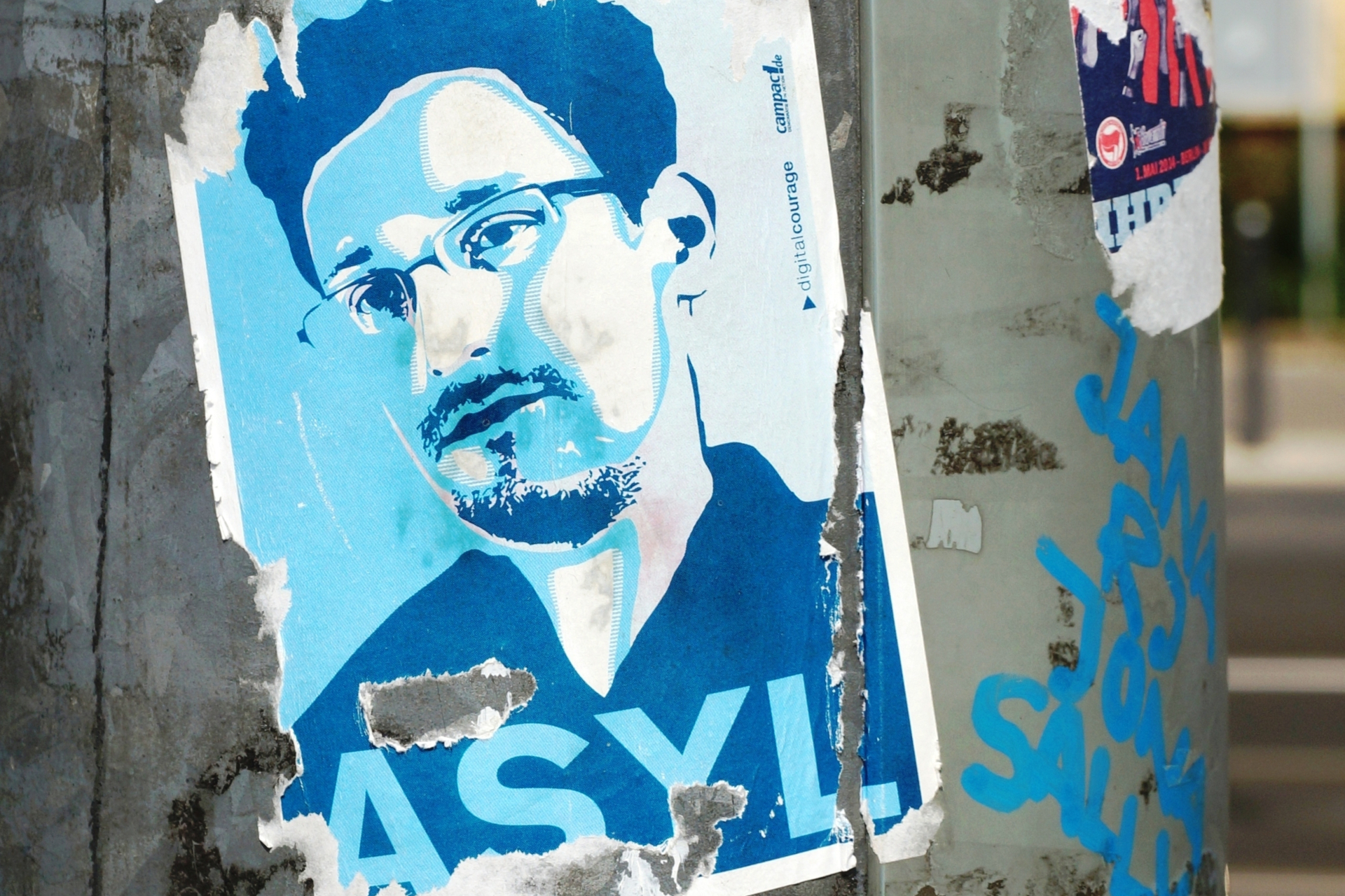 The new Edward Snowden book is being used to spread malware