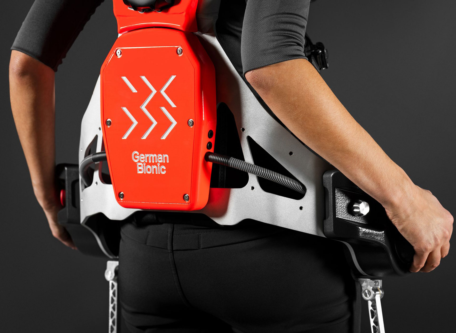 Intelligent exoskeleton gets IoT connectivity to join the smart factory