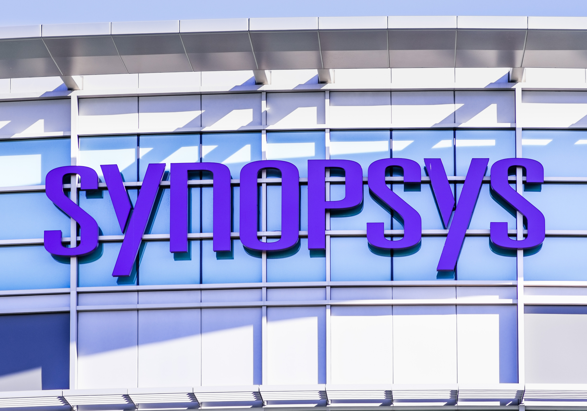 Future Fund open for applications from struggling startups / Synopsys reports Q2 earnings / Webinar talks digital transformation in financial sector