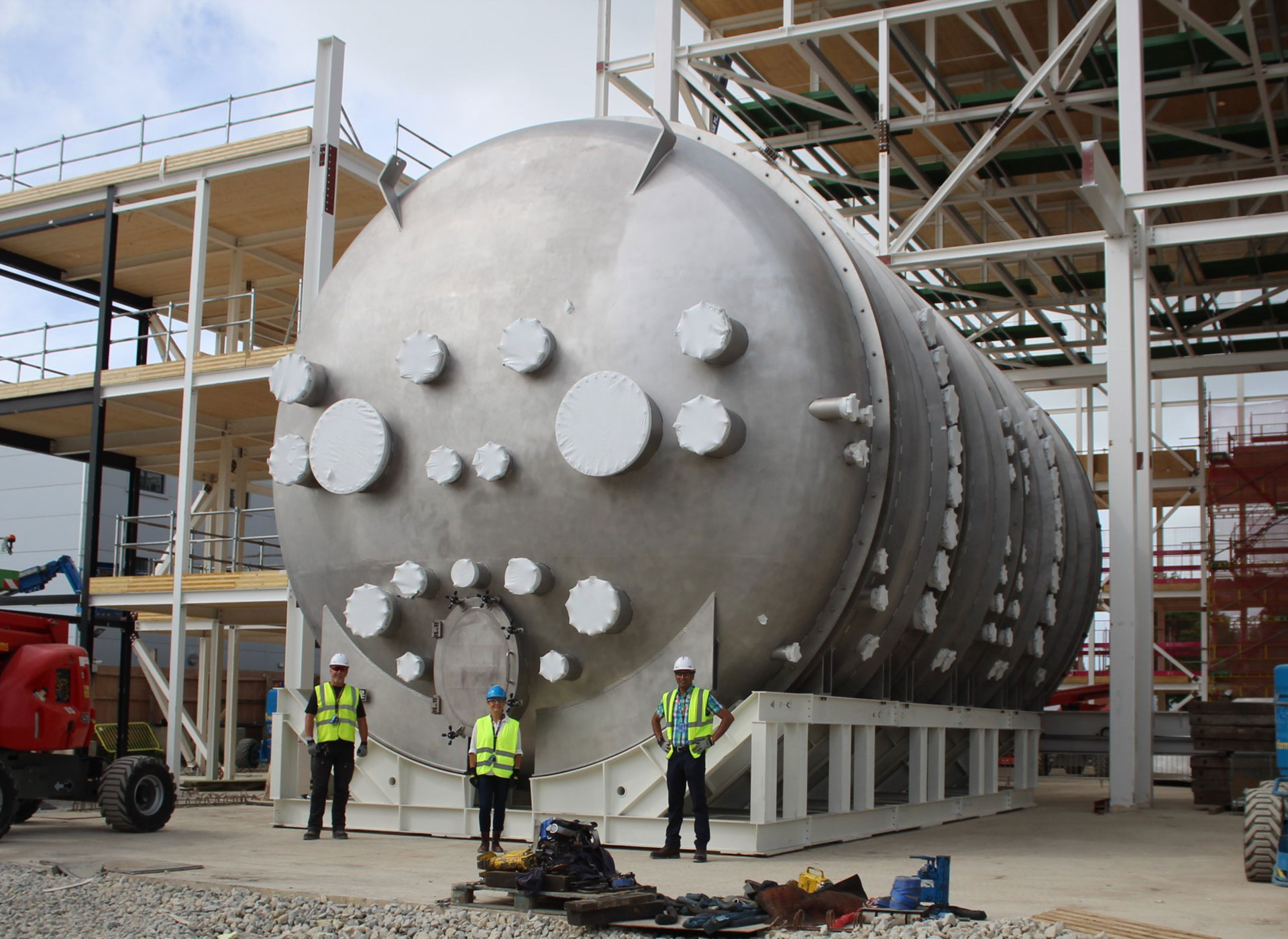 Large Space Test Chamber makes 5,800km journey to boost UK space industry