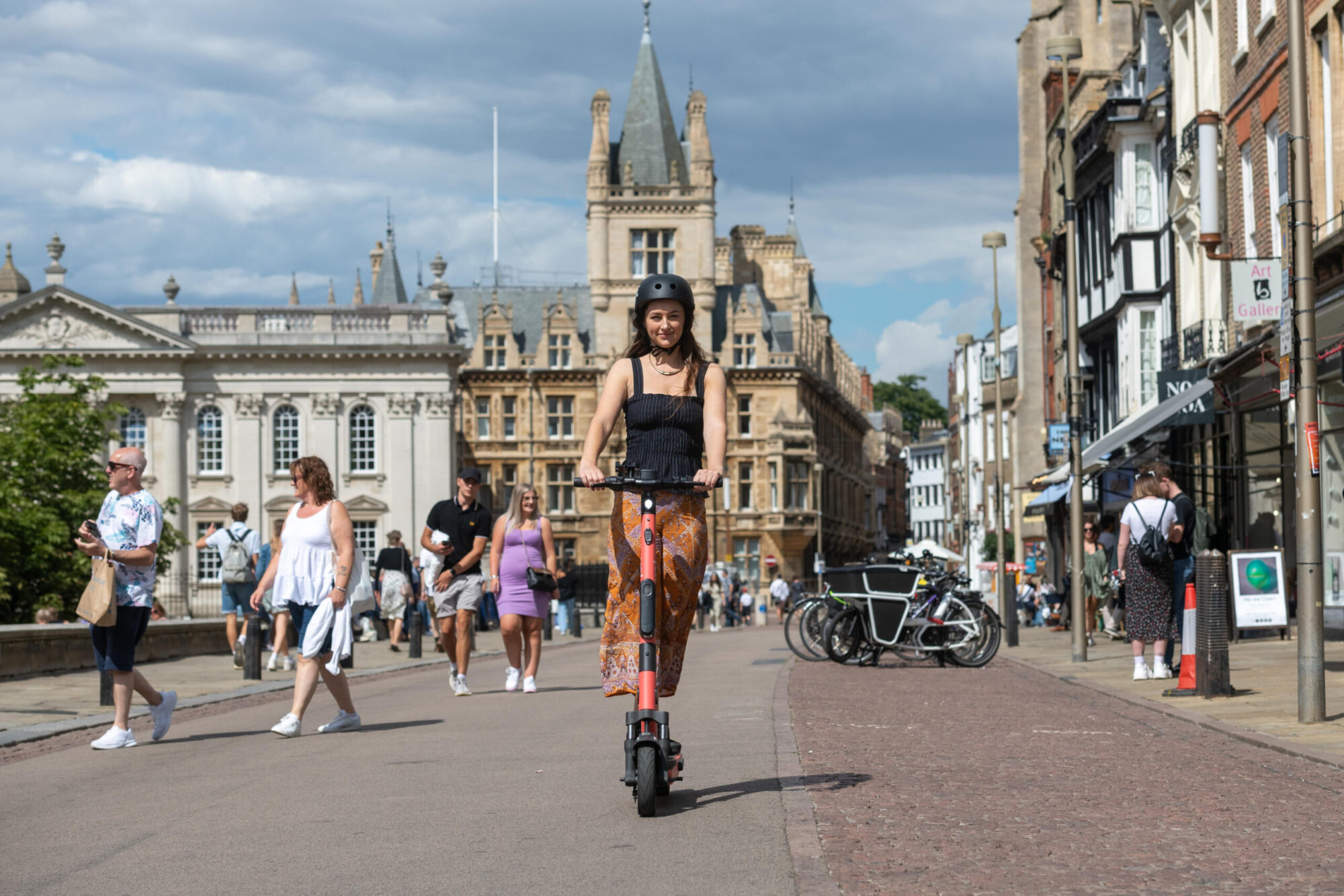 Voi rolls out hundreds of e-scooters in Cambridge trial