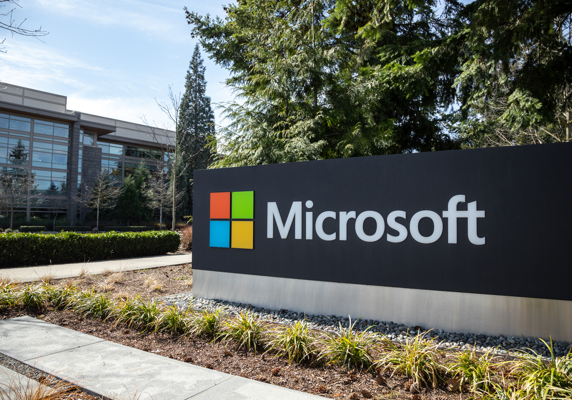 """Microsoft Q1 results: Cloud products emerge as """"star performers"""""""