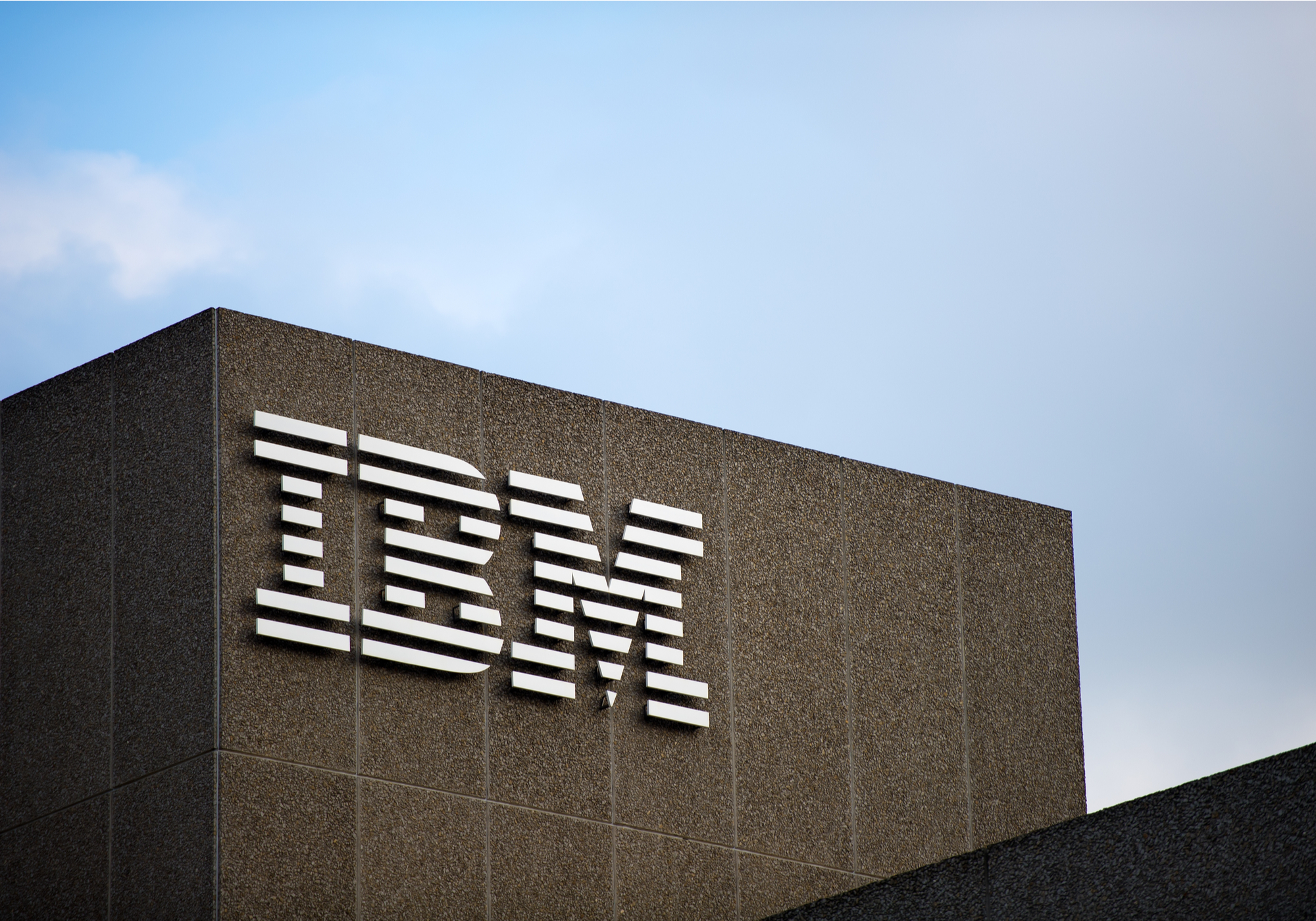 IBM Q3 results underscore need to spin off legacy business