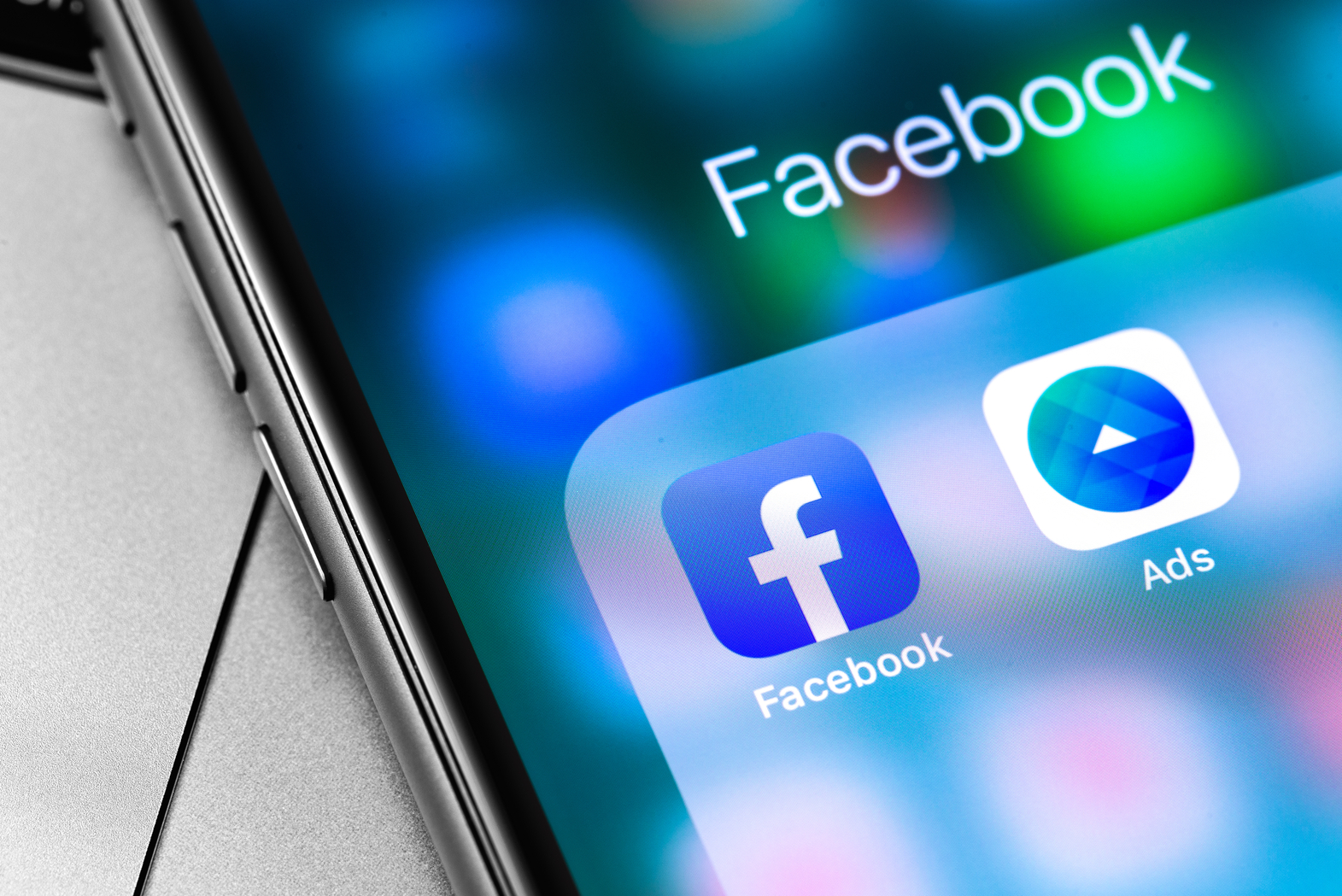 Growing competition among social media platforms create a challenging 2021