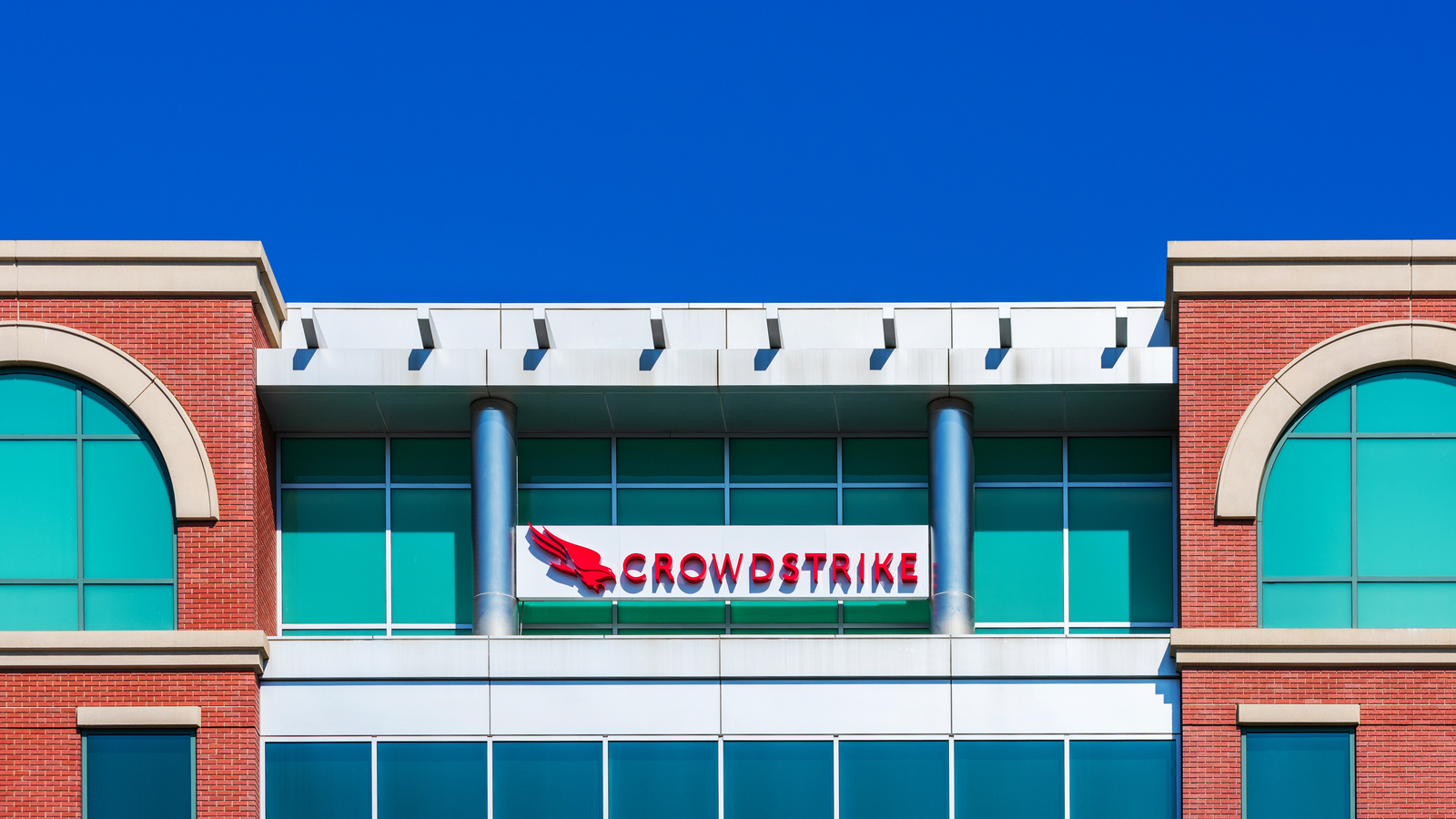 CrowdStrike acquires cloud logging startup Humio for $400m