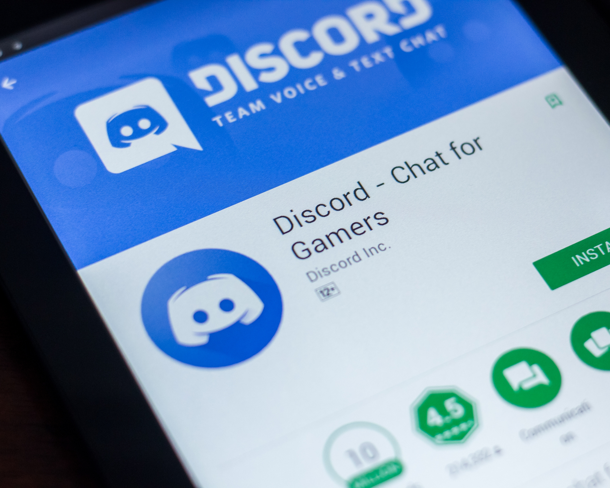 Thinking outside the Xbox, Microsoft reportedly considers Discord buy