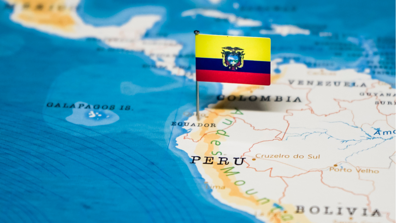 Ecuador total mobile data revenue will increase at a 5.7% CAGR between 2020-2025