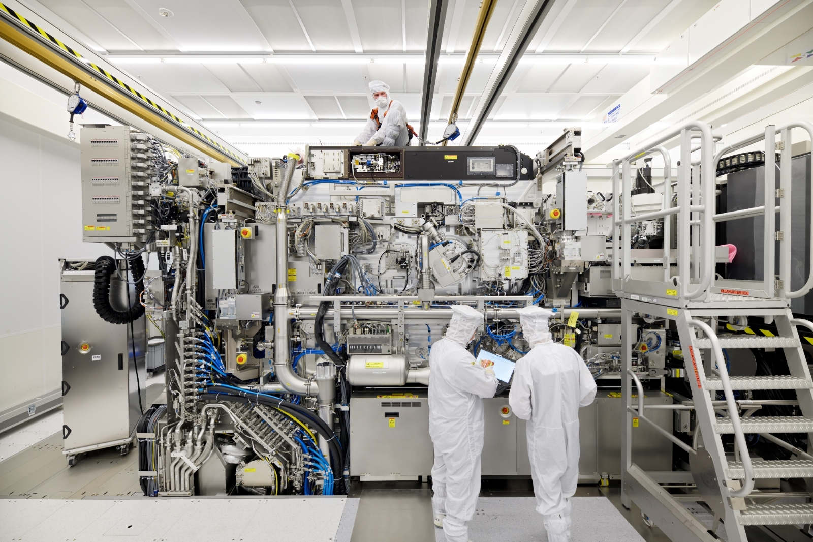 Making the chip makers: Semiconductor shortage boosts ASML profits 241%