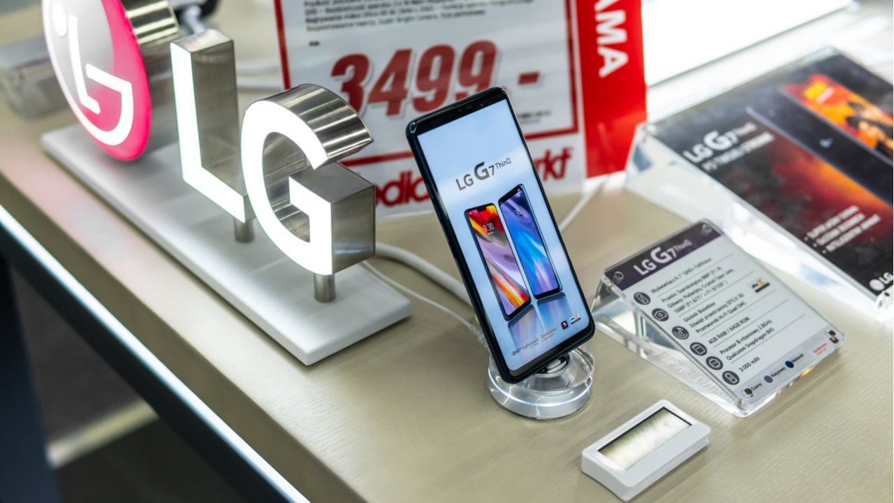 LG smartphone exit will further strengthen Apple-Samsung duopoly