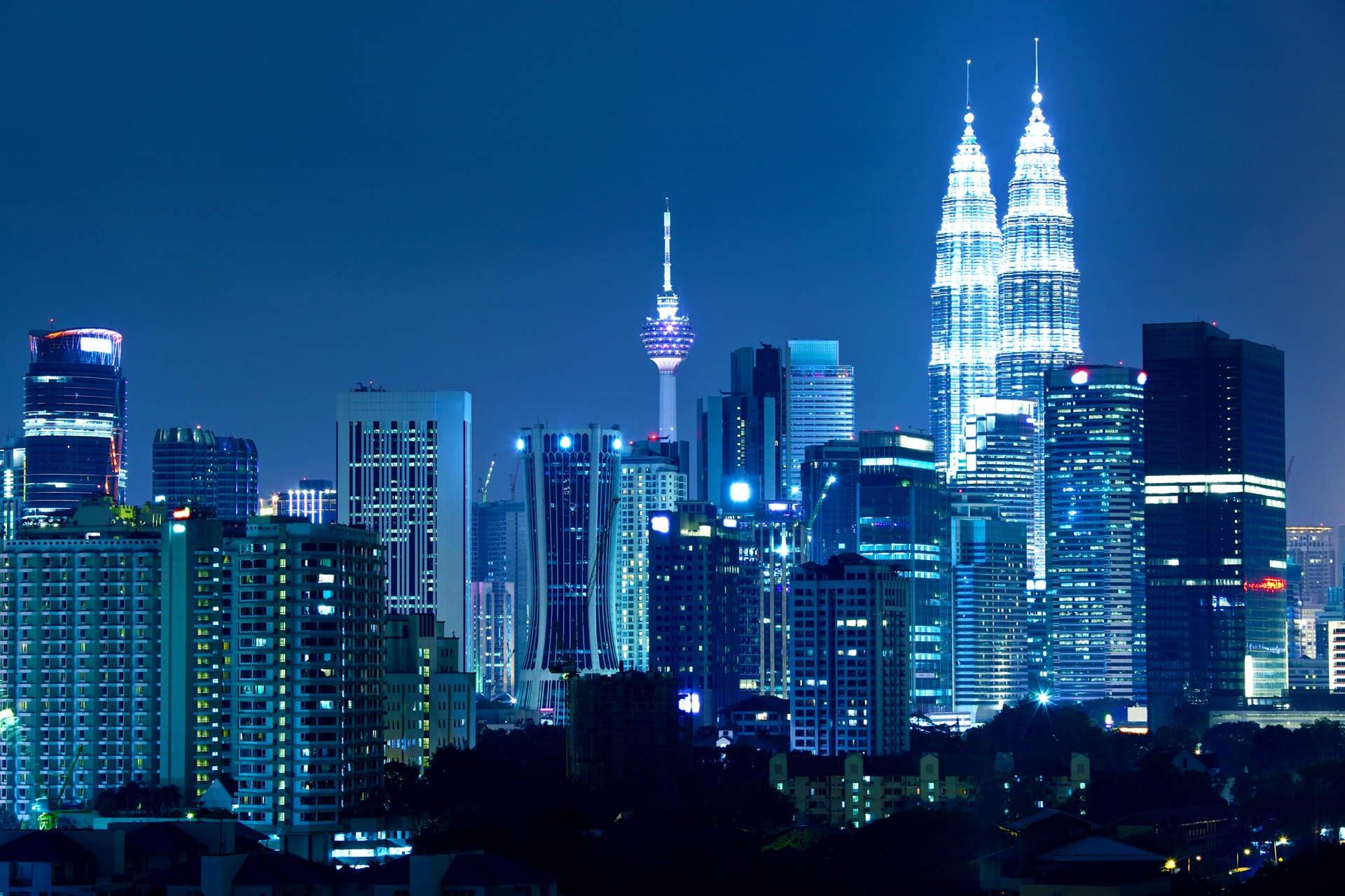 """Microsoft to open Malaysia data centre as it aims to rule the """"Fifth Utility"""""""