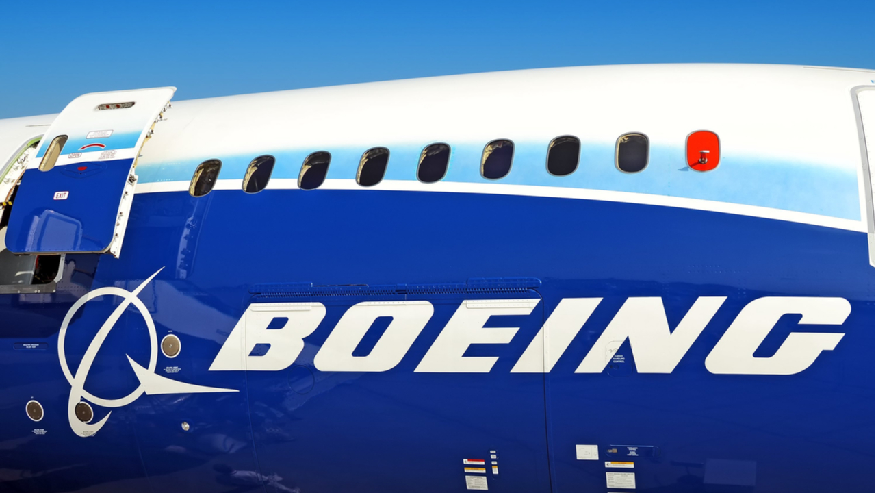 Amazon, Microsoft and Google in talks for $1bn Boeing cloud deal – report
