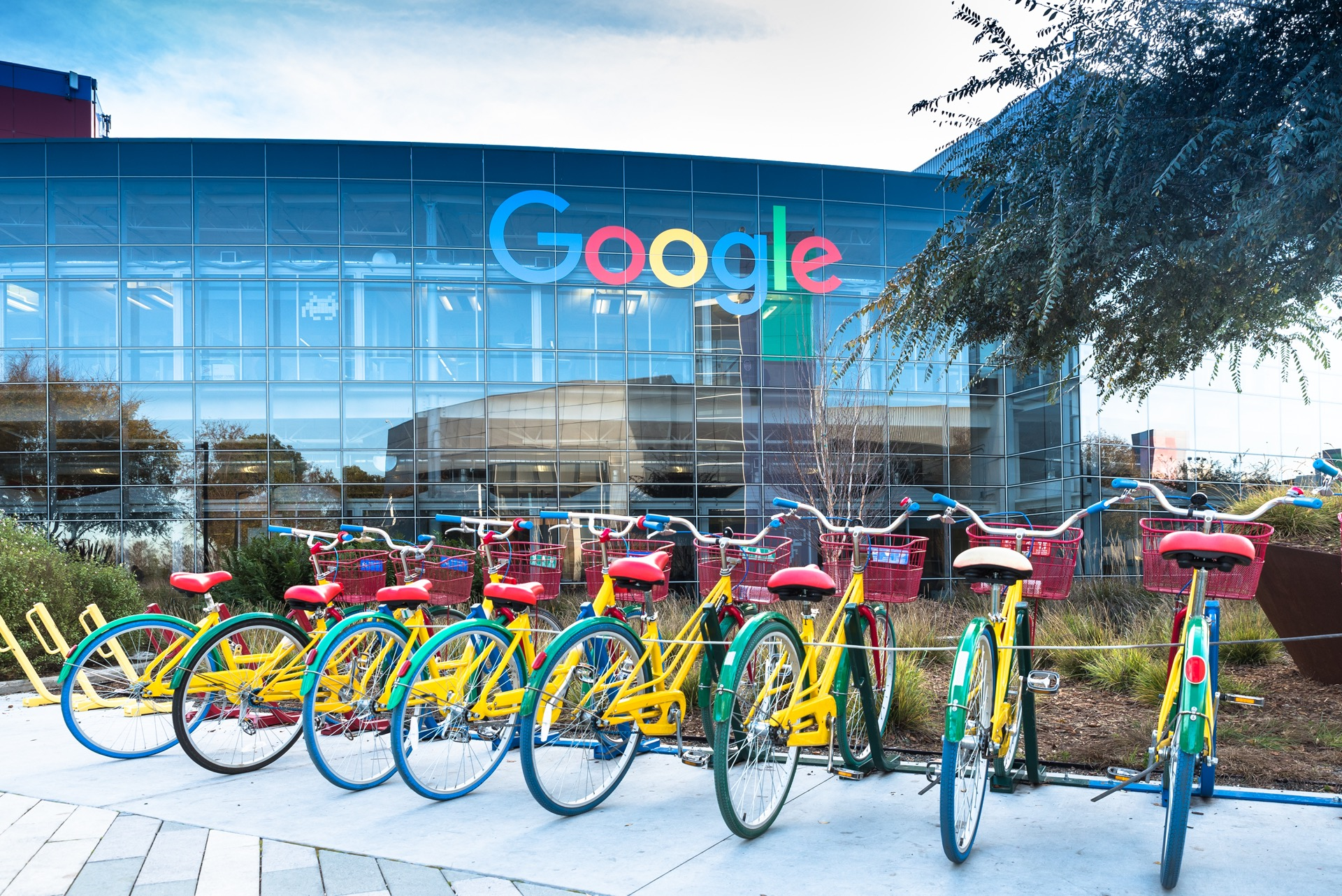Google makes remote working U-turn and announces hybrid solution