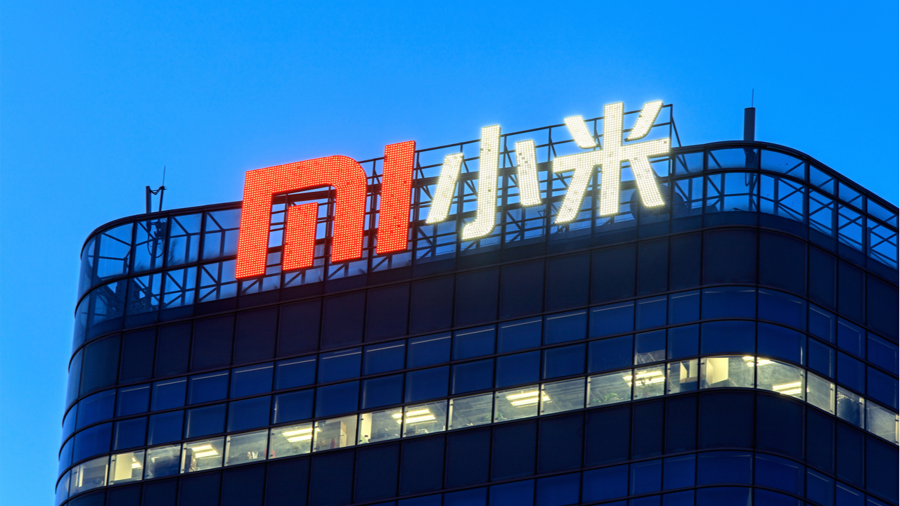 Smartphone maker Xiaomi officially not part of Chinese army any more – US