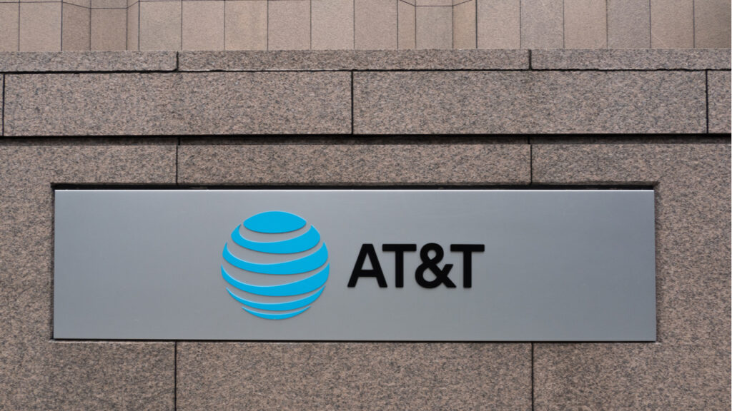 AT&T saying goodbye to Hollywood with WarnerMedia spinoff