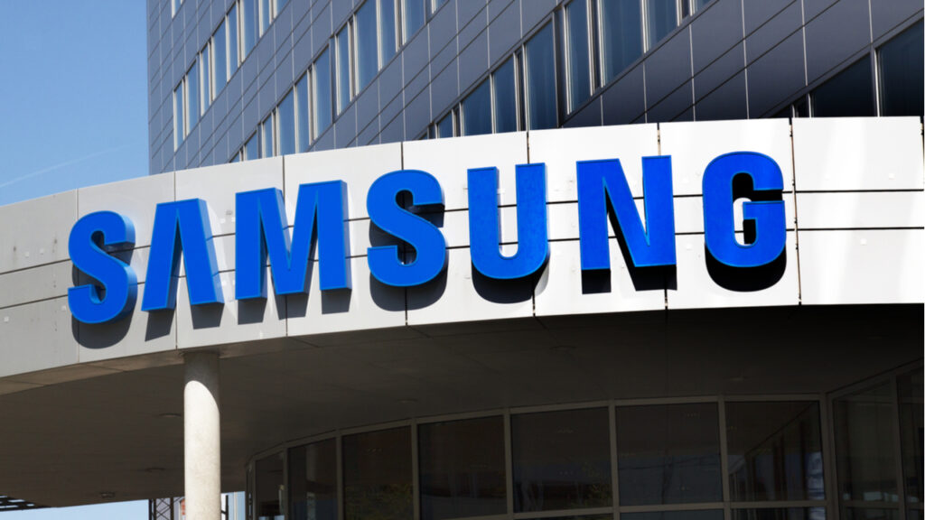 Vodafone radio contract with Samsung – small in size large in significance