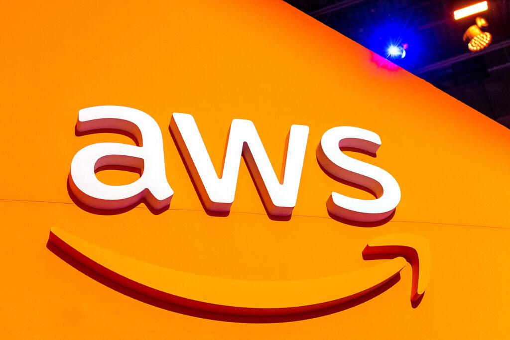 Amazon actually does something against Pegasus spyware