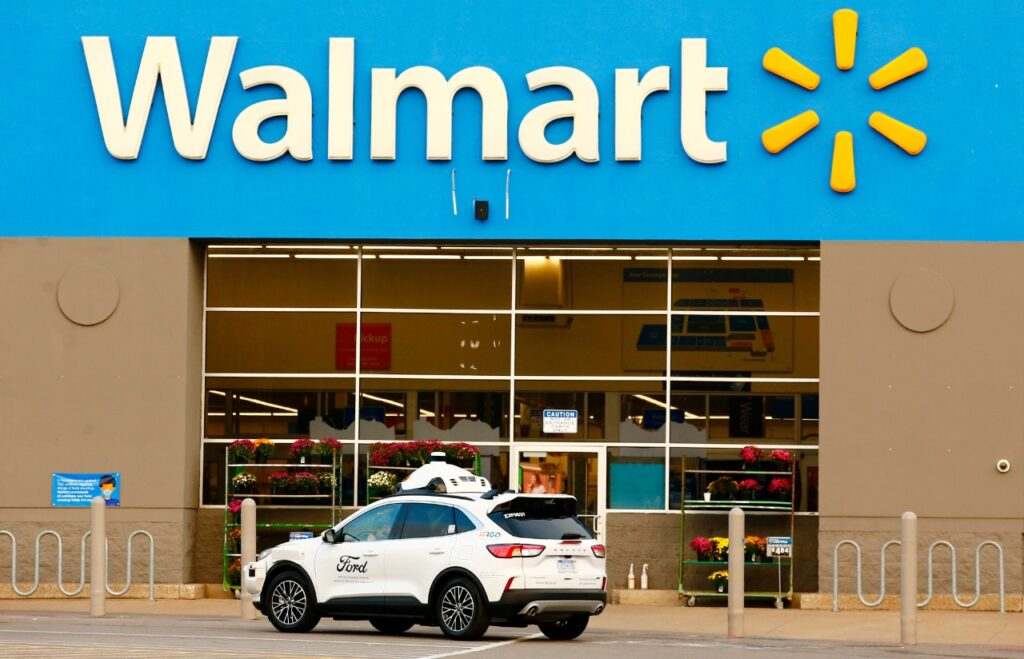 Ford and Walmart to test delivery AVs in US