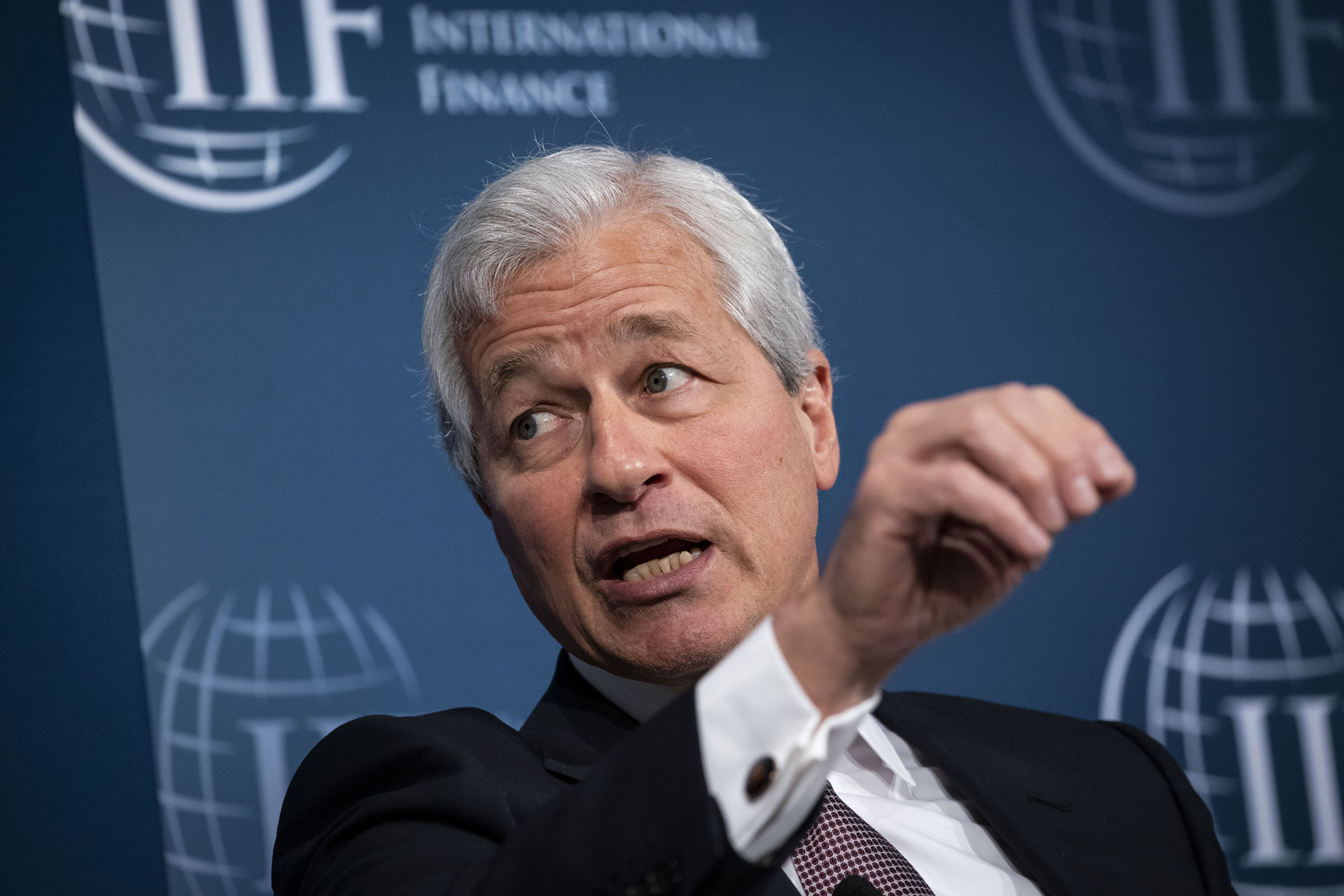"""JPMorgan CEO on getting into bitcoin: """"You shouldn't smoke cigarettes either"""""""
